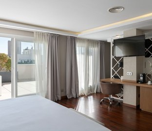 Suite junior  Vincci Soma Madrid